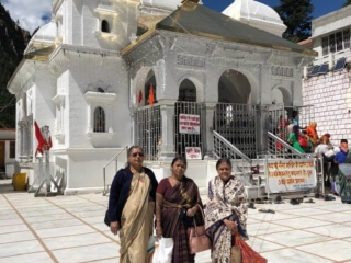 Madhuranath Family at Gangotri Dham
